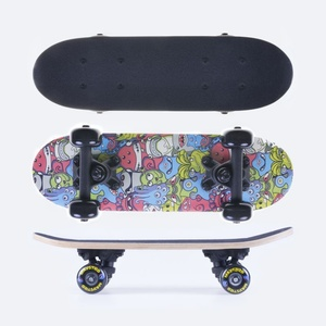 Mini skateboard Spokey MAYSTRO 43 x12,5 cm, Spokey